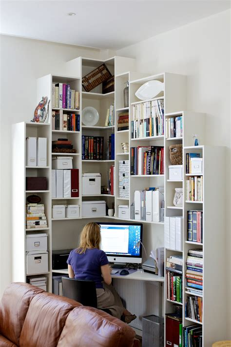 great corner bookshelf decorating ideas