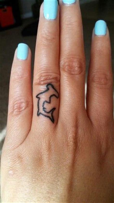 shark fin tattoo 25 best ideas about shark tattoos on small
