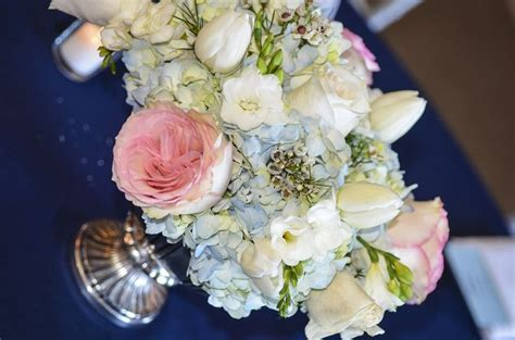 blue floral centerpieces blue pink and white floral centerpieces dominionhouse