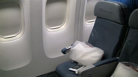 united comfort plus delta 777 200 economy comfort seats 31 32j modhop com