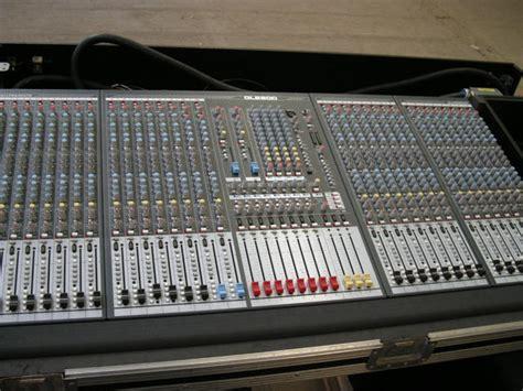 Mixer Allen Heath Gl2800 32 Channel allen heath gl2800 32 image 429459 audiofanzine