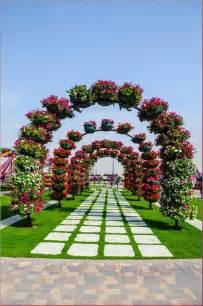 Beautiful Flowers Garden In The World Gousicteco Most Beautiful Flower Gardens In The World Images