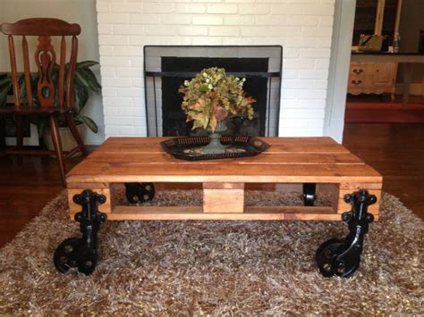 make a pallet coffee table how to make a coffee table by yourself coffee table review