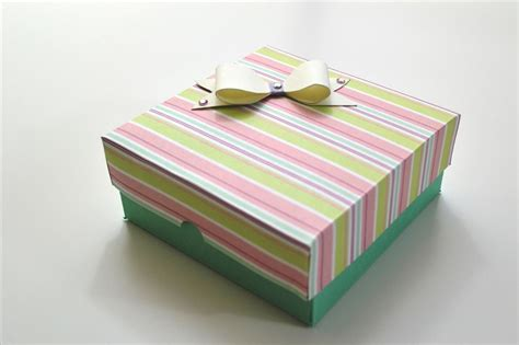 How To Make Gift Box With Paper - how to make an easy paper box s day gift diy