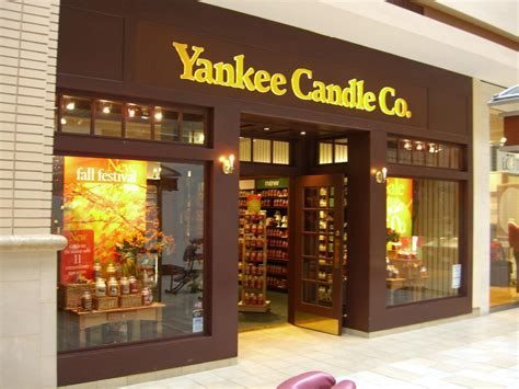 negozio candele yankee candle to open 50 canadian stores hires canadian gm