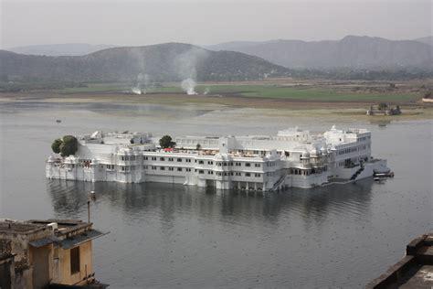 Lake Palace Udaipur Images