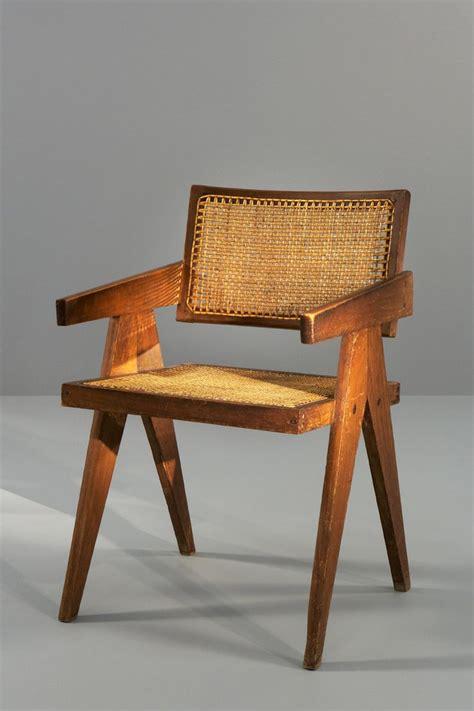 chaise jeanneret best 25 pierre jeanneret ideas on pinterest asian