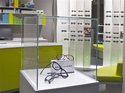 arredamenti negozi ottica arredamento negozio ottica ispirazione di design interni