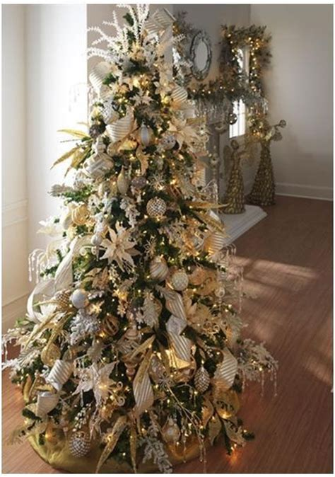 luxury christmas tree design feelin festive pinterest