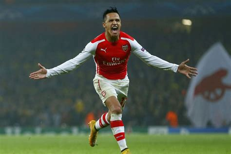 alexis sanchez how many goals for arsenal arsenal 2 0 borussia dortmund player ratings was alexis