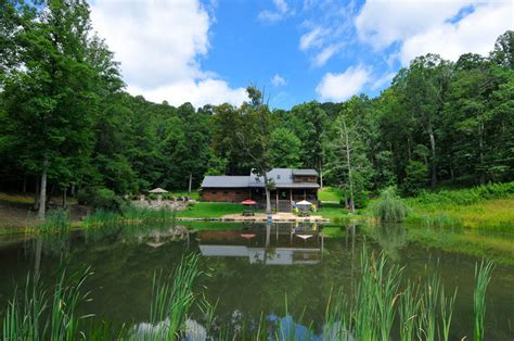 pond house luxury vacation rental new river gorge wv lynn s pond house
