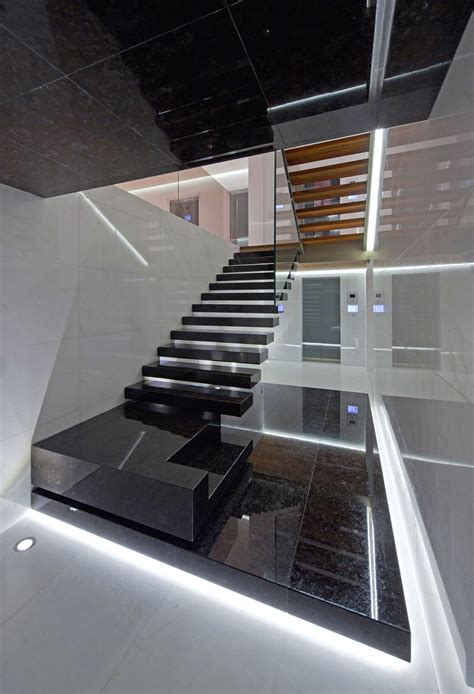 home indoor staircaseed with clear glass balustrade