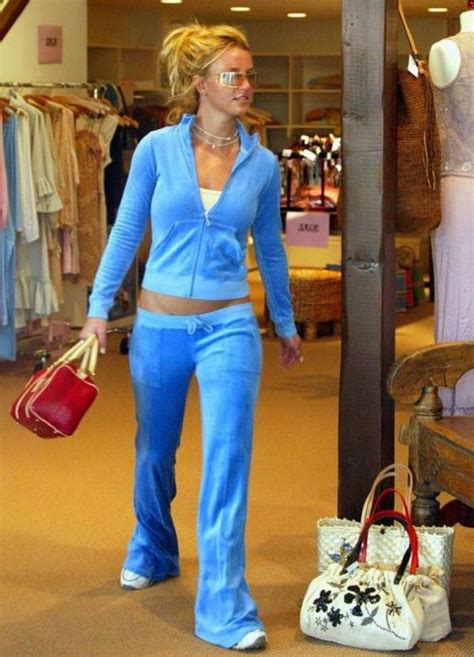 The 7 Best Fashion Trends Of The Decade by Tbt Fashion Trends Of The Early 2000 S Basically Stacked
