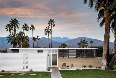Eichler Style Homes midcentury modern architecture in palm springs california