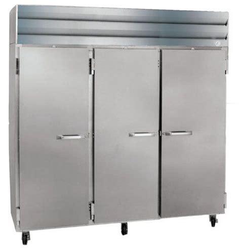 industrial kitchen appliances reach in half door refrigerators with casters size 82 5