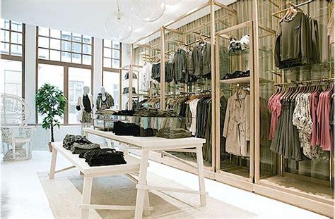 Rak Baju Butik tips membuat tilan desain interior butik yang menarik