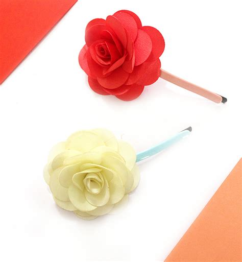 how to make clip how to make flower hair in 10 mins the craftables