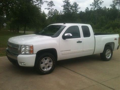 how to sell used cars 2007 chevrolet silverado 1500 free book repair manuals buy used 2007 chevrolet silverado 1500 lt extended cab 4 door 5 3 liter in alexander city
