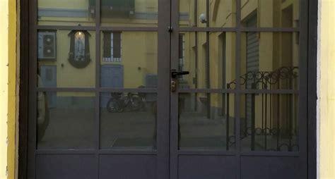 portoncini ingresso in ferro portoni in ferro battuto e vetro rt83 187 regardsdefemmes