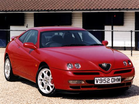 alfa romeo gtv alfa romeo gtv cool cars wallpaper