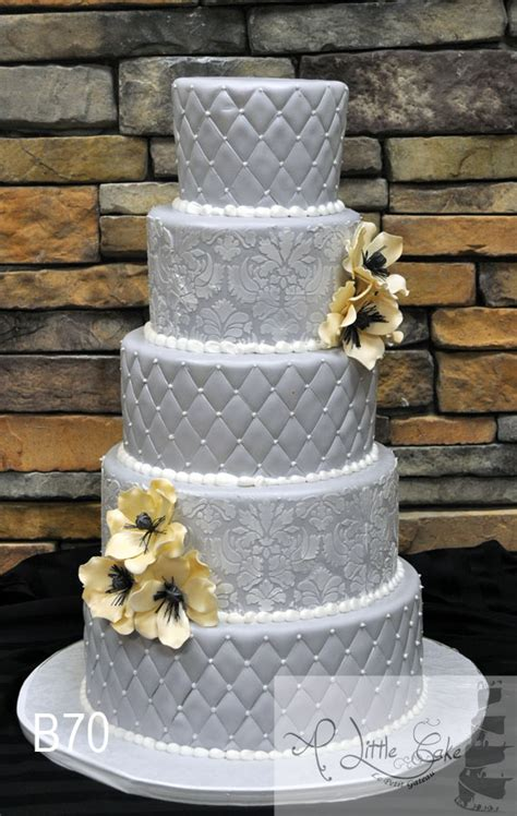 Wedding Cake Quilting by Fondant Iced Wedding Cake Decorated Quilting Pattern A