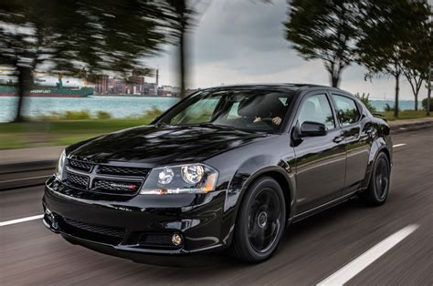 dodge avenger 2013 dodge avenger reviews and rating motor trend