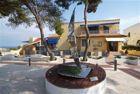 il gabbiano tremiti hotel gabbiano isole tremiti albergo isola di san domino