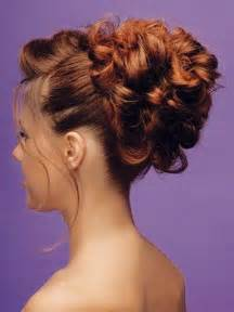 Easy hairstyles for curly hair easy hairstyle ideas