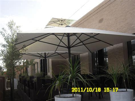 Terrasse 5x5m by Grand Parasol Pour Terrasse Et Piscine En Alu 5x5m