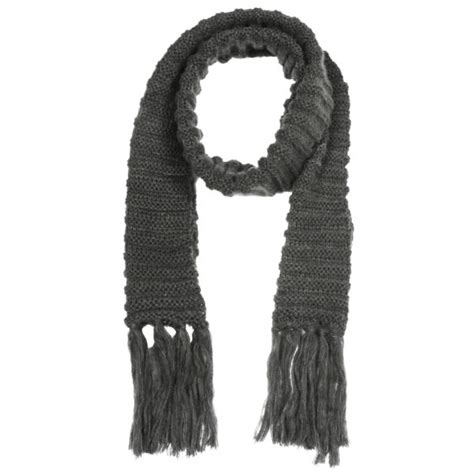mens chunky knit scarf s chunky cable knit scarf grey clothing thehut