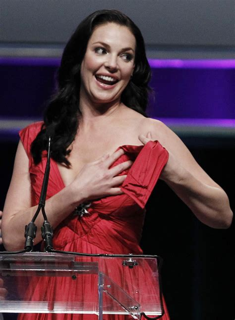 katherine heigl s wardrobe malfunction photos huffpost