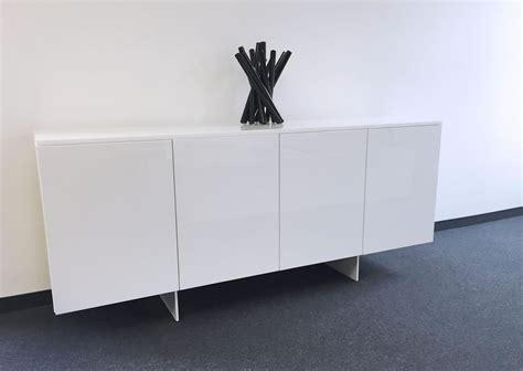 schlafzimmer sideboard weiss hochglanz schlafzimmer komplett in weissem hochglanz lack rechteck