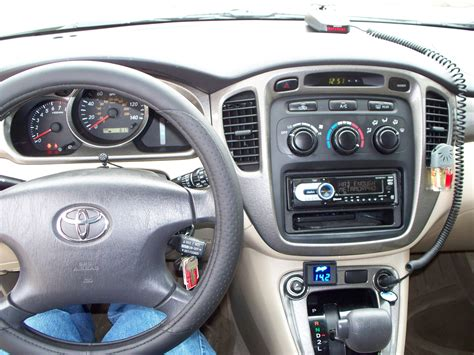 how things work cars 2001 toyota highlander on board diagnostic system how does cars work 2001 toyota highlander instrument cluster toyota highlander wikipedia