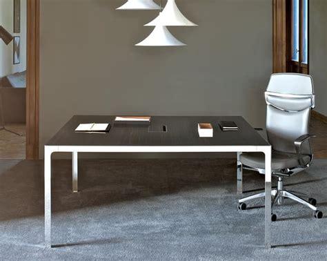 tavoli sala riunioni tavolo per sala riunioni piano in legno struttura in