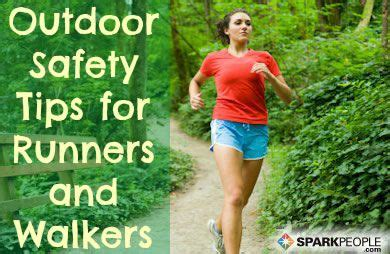 11 running safety tips for important safety tips for outdoor runners and walkers sparkpeople