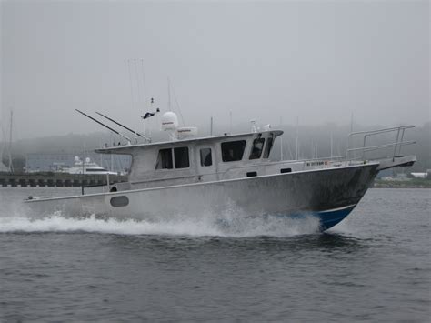 aluminum fishing boat design ray hunt design custom yachts up to 70 feet 35
