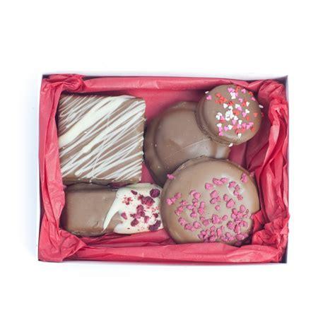Chocolab Pink s day chocolates chocolab