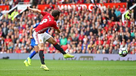 Manchester United Day juan mata makes manchester united fan s day for the