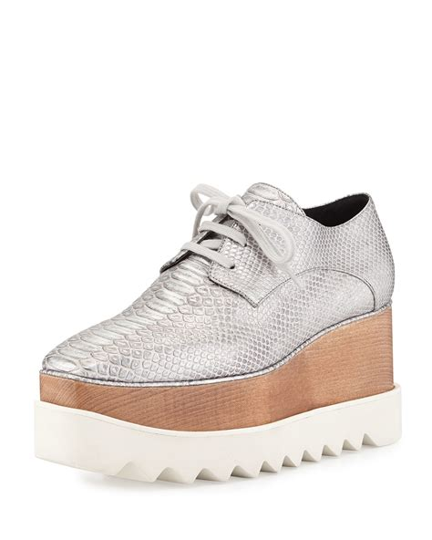 wedge oxford shoes stella mccartney textured faux leather wedge oxfords in