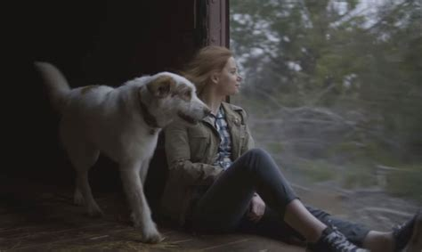 subaru train commercial actress 2017 subaru outback commercial train riding dog woman
