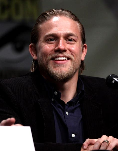 what is the name of charlie hunnam s haircut jen kel the pop tarts charlie hunnam drops out of quot 50