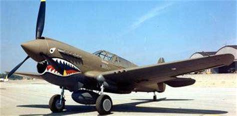 preguntas capciosas de aviones curtiss p 40 tigre volador aviones de la segunda guerra