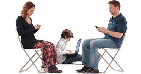 imagenes de adolescentes usando redes sociales adictos al servicio del internet yelixa juliana nieto camelo