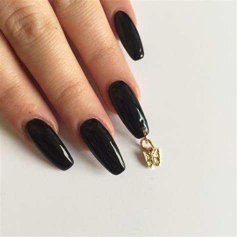Nail Piercing by Pierced Nails La Extravagante Tendencia En Manicure Que