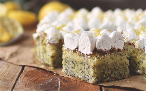 zitronen quark kuchen zitronen mohn kuchen mit quark creme sommer im winter