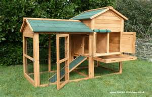 rabbit hutches world balmoral rabbit hutch find cheap hutches at rabbit hutch