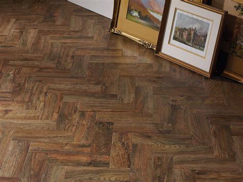 pavimenti vinilici effetto legno pavimento vinilico stato effetto legno camaro wood by liuni