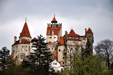 vlad the impalers castle basarab surname may not indicate direct relation to vlad the impaler
