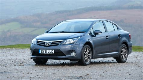 Toyota Avensis Gear toyota avensis review top gear