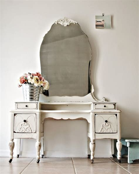 shabby chic antiques best 25 shabby chic vanity ideas only on